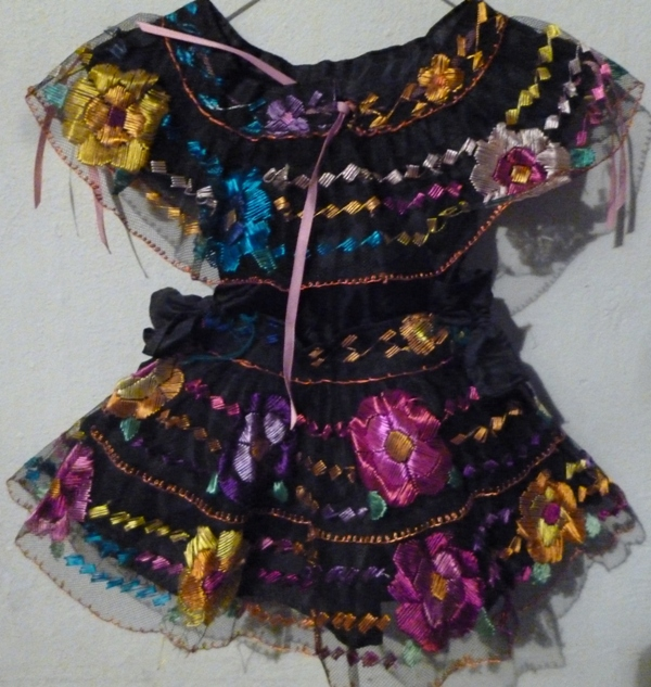 "CHIAPAS  2 OLANES  11"" LENGHT SKIRT 2 YEARS OLD"